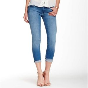 Mother cropped jean